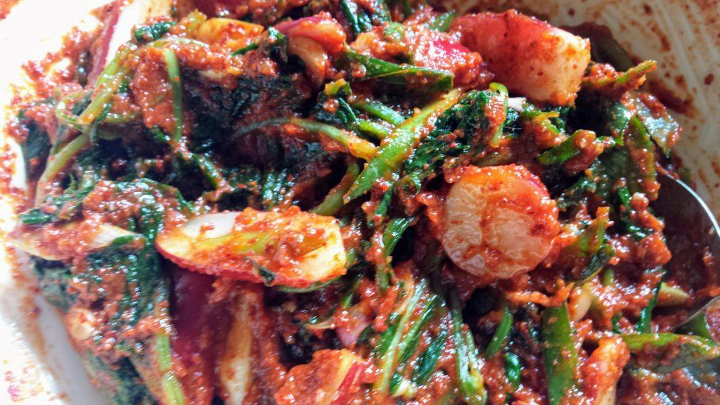 Red radish kimchi